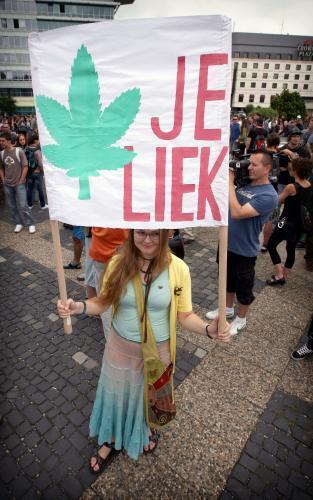 pochod_za_marihuanu.4.sme.jpg