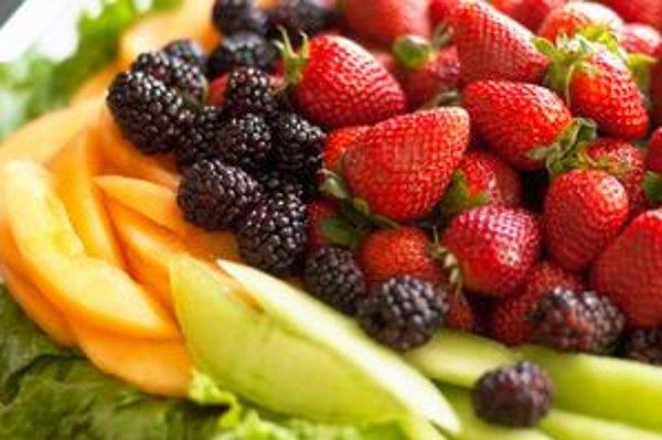 Deťom vraj treba ovocie servírovať v zábavnej forme.