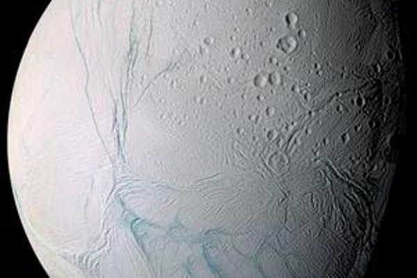 Enceladus – nový domov pre človeka?