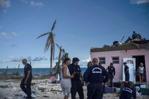 Dorian spôsobil škody najmä v osadách na ostrovoch Abaco.