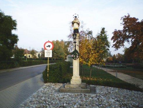 palarikovo-socha-sv-jana-nepomuckeho_r8370_res.jpg
