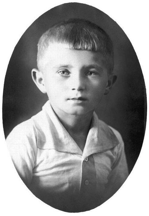 1919_detstvi_res.jpg