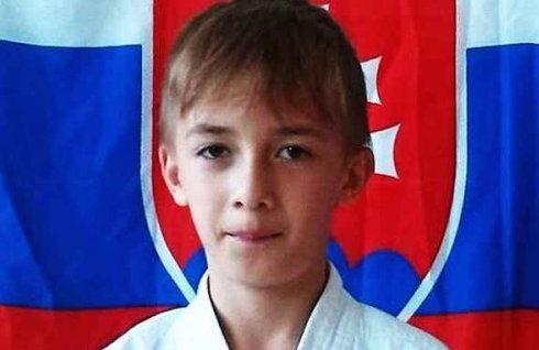 0_karate2_r7987_res.jpg