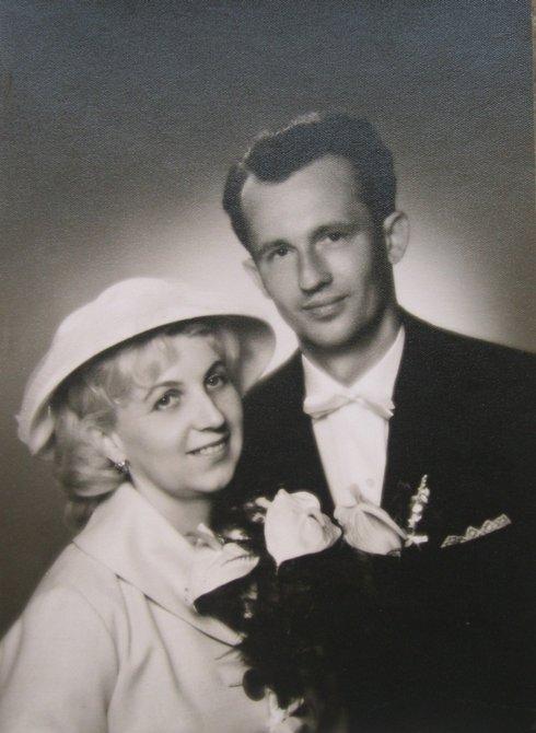 svatba julia a dany vargovych v roce 1962_res.jpg