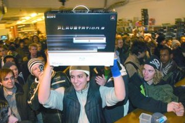 Prvý majiteľ PlayStation 3 zo Švédska.