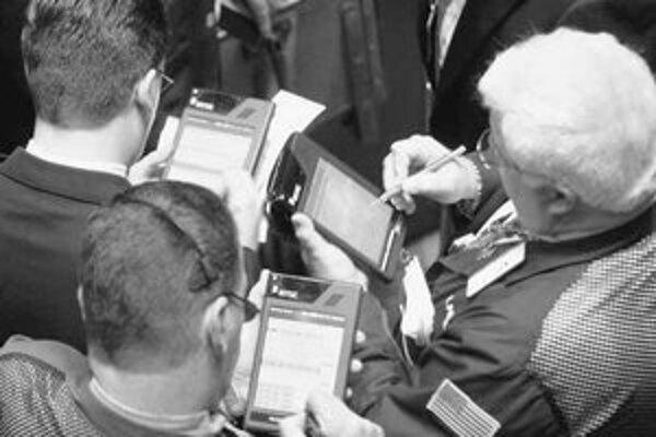 Z jednej strany na PDA útočia mobily, z druhej strany tablety – kedysi prestížne vreckové počítače sú tak pomaly vytláčané z trhu.