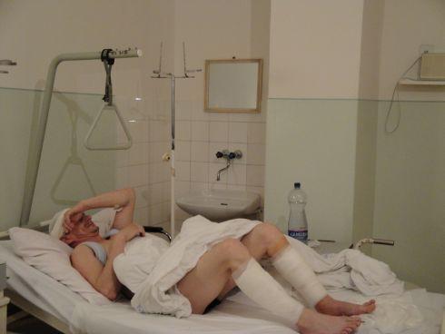 zdenko-lezi-v-nemocnici_r4522.jpg