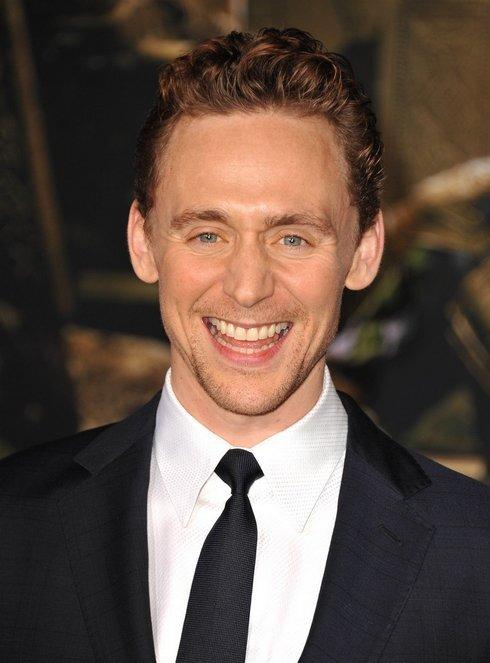 cislo-3-tom-hiddleston_res.jpg