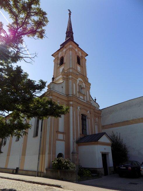 frantiskansky-kostol-nove-zamky--2-_r6941_res.jpg