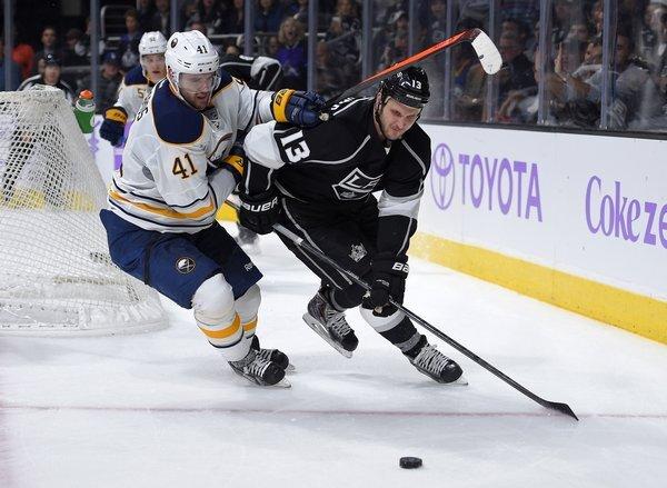 sabres_kings_hockey377299194152--1-_r7913_res.jpg