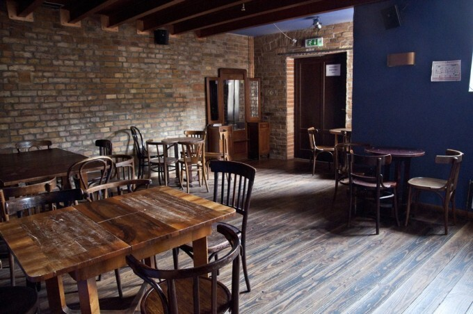 sm-0820-014f-pub.rw_s900.jpg
