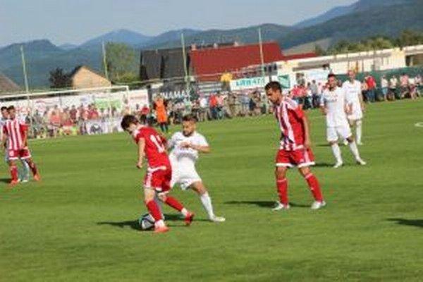 Borčice (v bielom) odohrajú duel 2. kola Doxxbetligy proti juniorom Trnavy na súperovom ihrisku.