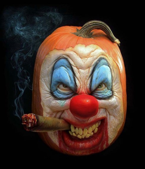 awesome-pumpkin-carvings-9-650x757_r8499_res.jpg
