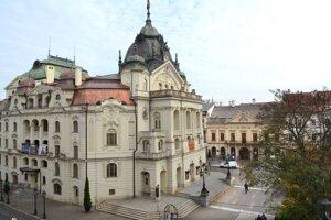 Historická budova Štátneho divadla Košice.