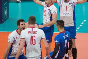 Slovenskí volejbalisti sa tešia v zápase B-skupiny na ME vo volejbale mužov Slovensko - Belgicko.