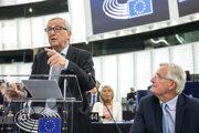 Predsedu Európskej komisie Jean-Claude Juncker a hlavný vyjednávač Únie pre brexit Michel Barnier.