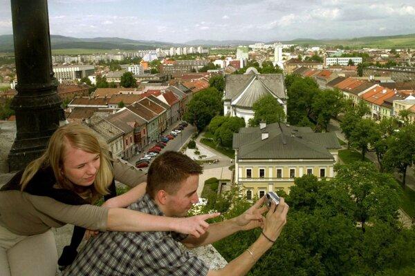Výhľad z kostolnej veže v Spišskej Novej Vsi. Vyhliadková je ešte len v polohe plánov.