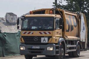 Pracovníci Odvozu a likvidácií odpadu.