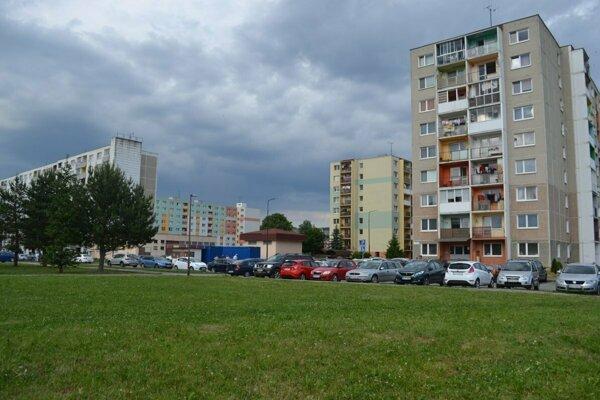 Bytovky stojace na spornom území kežmarského sídliska Juh.