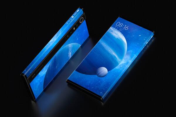 Smartfón Mi Mix Alpha s diplejom, ktorý pokrýva takmer celé telo.
