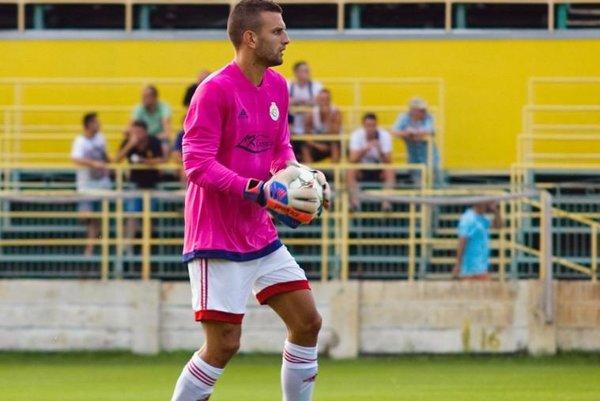 Prvý gól dostal Lacko až v štvrtom zápase sezóny.
