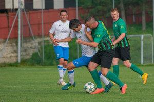 Čierne (v zelenom) doma zdolalo Turzovku.