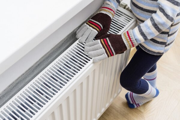 Na jeden vypnutý radiátor v bytovom dome doplácajú všetci.