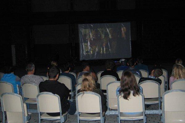 Kino je opäť v amfiteátri.