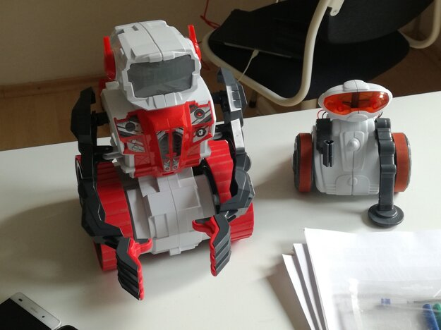 Robotické stavebnice.