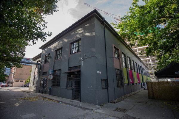 Budova Design Factory.