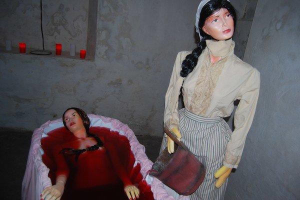 Desivá scéna v krvavom kúpeli.