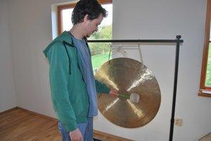 Marek Gonda je spojený so zvukom gongov