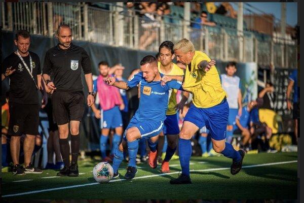 Adrián Hricov v súboji proti Brazílii vo štvrťfinále MS v malom futable.