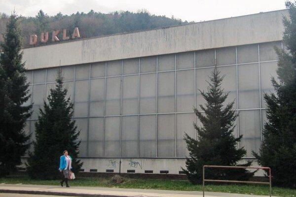Sociálne centrum malo vzniknúť v budove Dukly na Štefánikovej ulici.