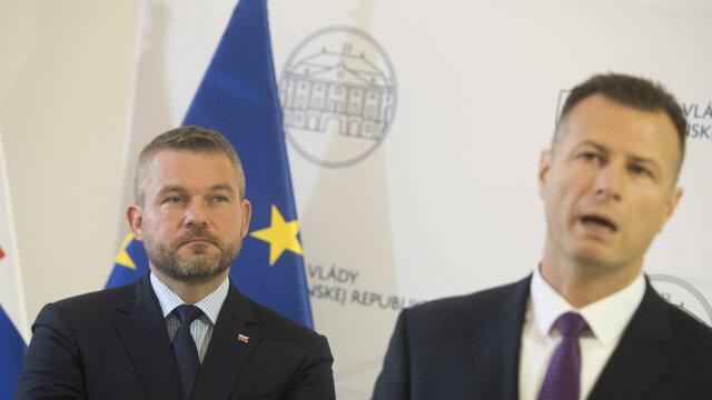 Premiér Pellegrini a minister Gál.