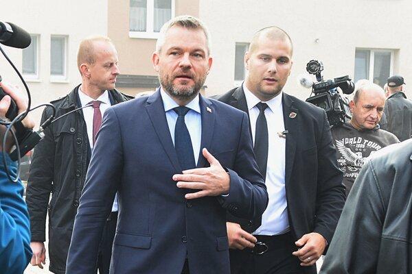 Premiér Peter Pellegrini prichádza na výjazdové zasadnutie vlády v Kežmarku 23. októbra 2019.
