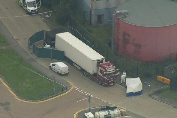 Kamión v meste Grays, v ktorom objavili 39 tiel. Foto: TASR/AP
