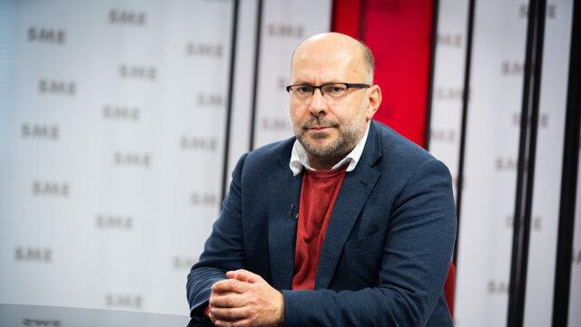 Gynekológ Jozef Záhumenský v relácii Rozhovory ZKH.