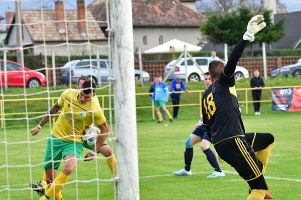 Momentka zo zápasu Bystričany - Žabokreky nad Nitrou.