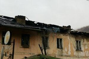 Krompašania mali šťastie. Padajúca strecha nikoho nezranila.