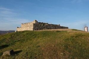 """Veža """"komitátneho"""" hradu, ktorá sa bude budúci rok rekonštruovať."""