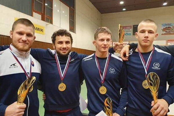 Košickí majstri Slovenska - zľava Michael Bodnár, Boris Makojev, Jakub Sýkora a Makar Vychivskij.