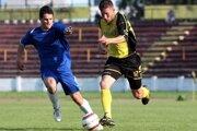 Hoci nastúpil len na deväť stretnutí, zaznamenal 29 gólov. Z obrancu Martina Staška (vľavo) sa v Breznici stal útočník s čuchom na góly.