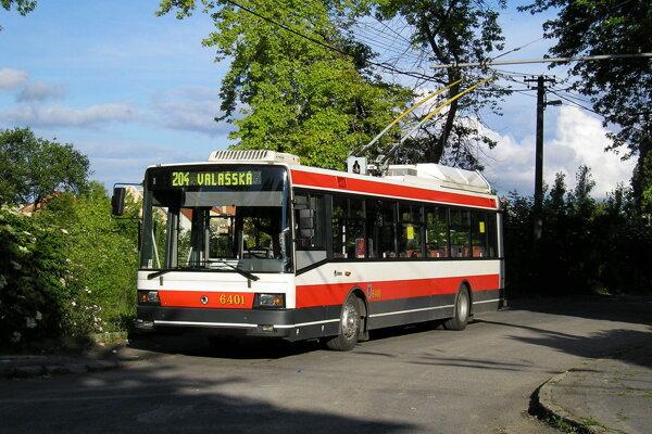 Unikátny trolejbus Škoda 21 Tr.
