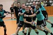 Ani desať gólov Tomáša Tschura (pri lopte) nestačilo na prvé domáce víťazstvo Štartu vzápase proti ŠKP.