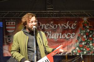 Otvorenie vianočných trhov v Prešove odštartovala Komajota.