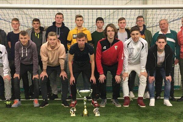 ObFZ Topoľčany - víťazi turnaja v kategórii dorastu.