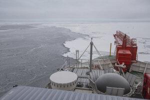 Nemecká výskumná loď Polarstern, ktorá pôsobí v Arktíde.