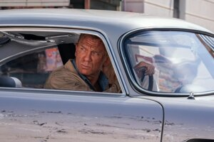 Daniel Craig vo svojom poslednom filme o agentovi 007.