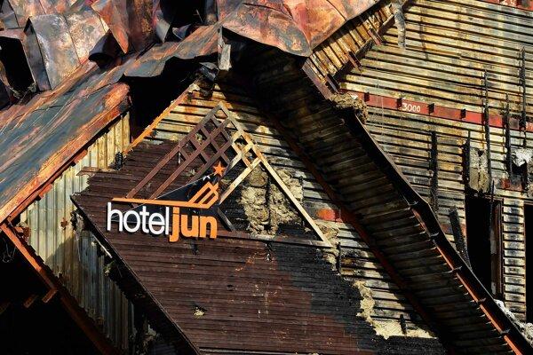 Hotel Junior.